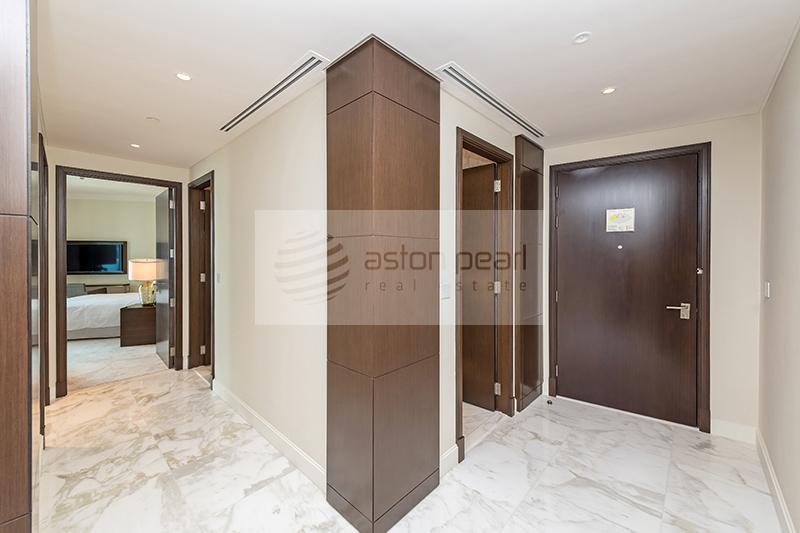 Luxurious | Premium Serviced Unit | Excellent View