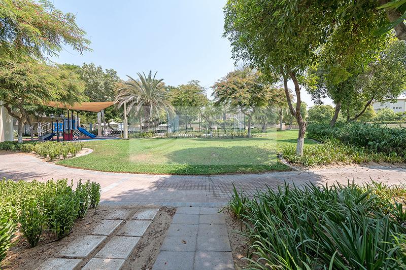 Springs 1, Vacant, 3BR, Type 3E, Huge Garden