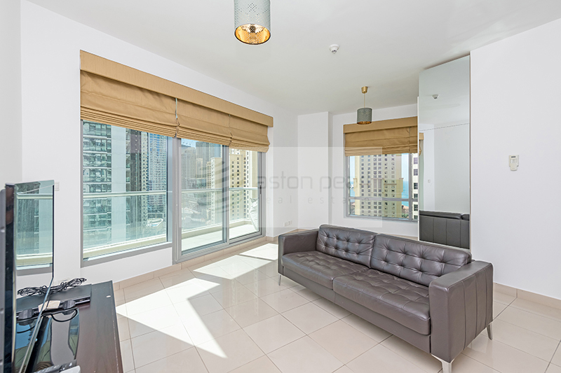 Genuine and Exclusive Listing | 1BR |  Marina view