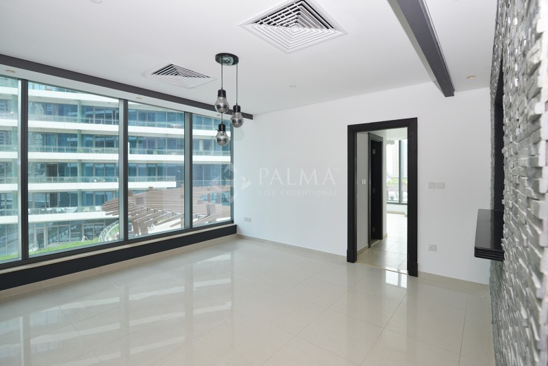 1 Bedroom Corner Unit with Balcony I Pool & Partial Marina View