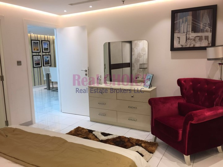 Low Floor   Fully Furnished 1 Bed   Great Price