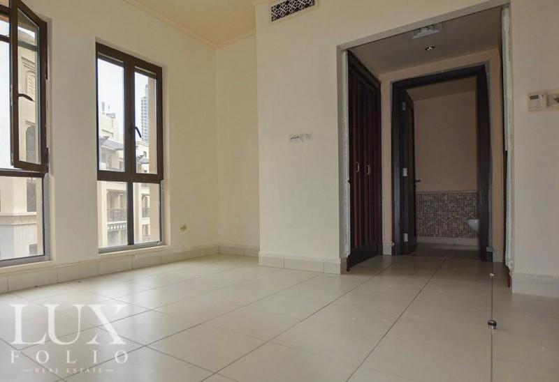 Reehan 4, Old Town, Dubai image 3
