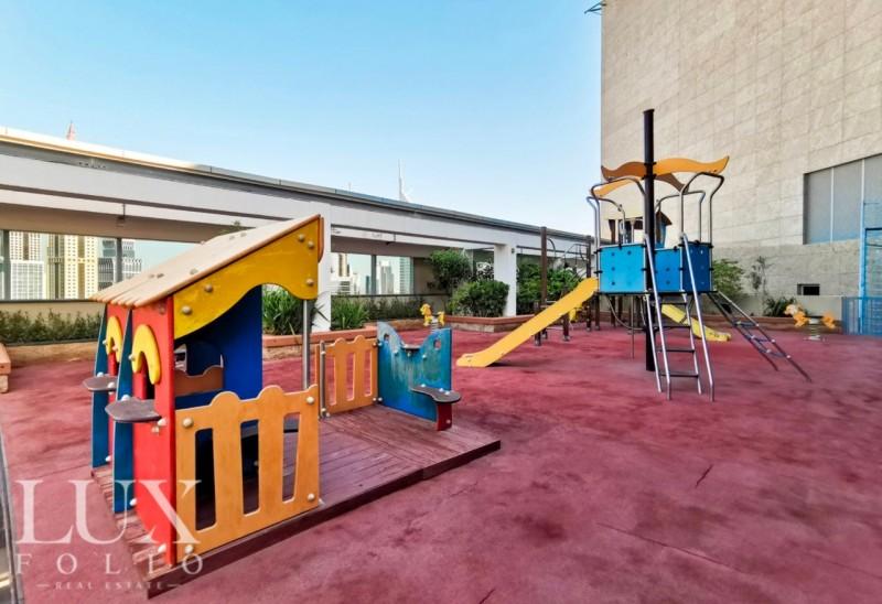 Sky Gardens, DIFC, Dubai image 11