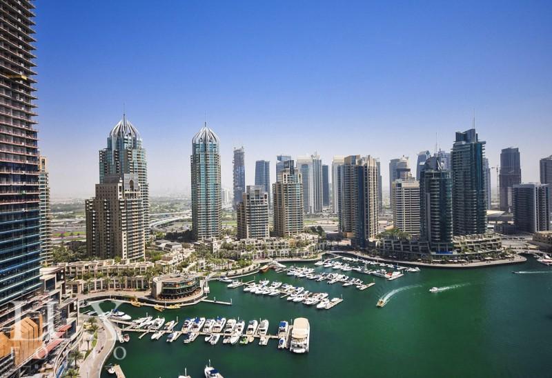 Cayan Tower, Dubai Marina, Dubai image 1