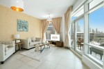 Bright 2 Bedrooms in Boulevard Lofts West