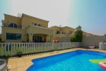 Spontaneous 4 bedrooms with Stunning Swimming ool